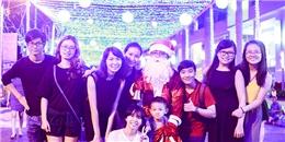 Giới trẻ đua nhau 'check in' tại đường Giáng sinh 'hot' nhất Sài Gòn