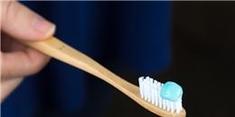 Cách lấy lượng kem đánh răng chuẩn không hại sức khỏe