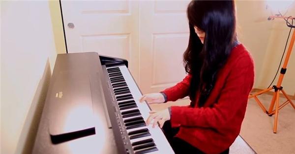 'Nức lòng' với liên khúc giáng sinh qua tiếng đàn của An Coong