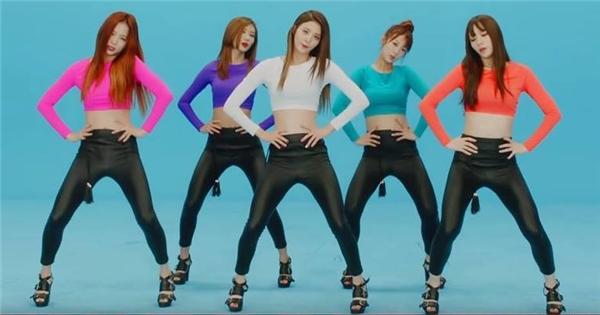 10 điệu nhảy Kpop bị cấm phát sóng vì quá gợi cảm