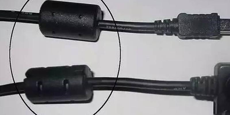 Ống đen nhỏ trên cáp máy tính và công dụng bạn chưa biết