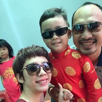 Dàn nhóc tì nhà sao Việt xúng xính ngày đầu năm