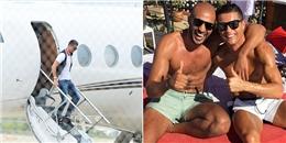 Ronaldo vừa đáp máy bay sang Ma-rốc thăm 'bạn trai'