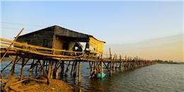 Vẻ đẹp ngẩn ngơ của cây cầu gỗ dài nhất Việt Nam