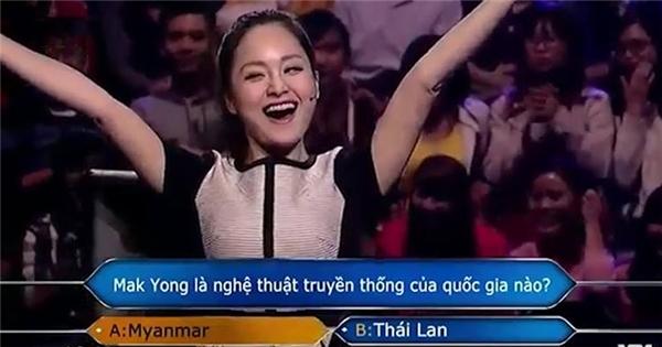 Lan Phương mừng rỡ khi giành giải thưởng 30 triệu của Ai là triệu phú