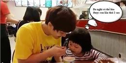 Phát cuồng với ông bố trẻ giành ăn với con gái cực dễ thương