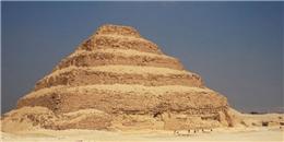 Bí ẩn kim tự tháp đầu tiên của người Ai Cập