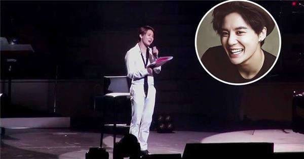 Junsu bất ngờ hát nhạc phim 'Hậu Duệ Mặt Trời' trong concert