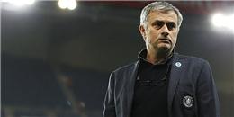 MU bồi thường cho Mourinho nếu Van Gaal tại vị
