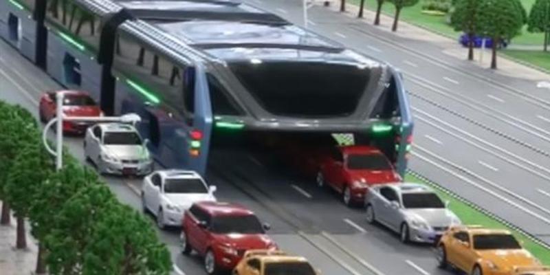 """Trung Quốc quyết xoá nạn kẹt xe bằng chiếc xe buýt """"thần kì"""" này"""