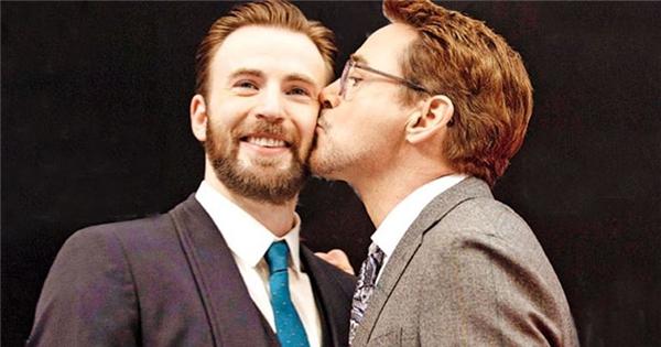 'Bó tay' với 'chuyện tình ngang trái' của Iron Man và Captain America