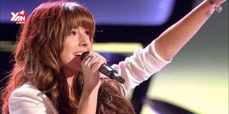 Xem lại màn trình diễn gây sốt của ca sĩ đoản mệnh Christina Grimmie