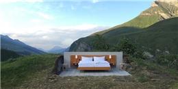 Trải nghiệm 'khách sạn ngàn sao' nghĩa đen lẫn bóng trên núi Alps