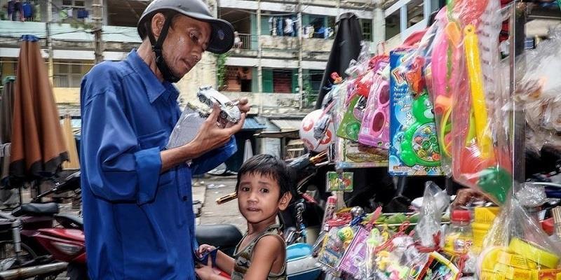 Sài Gòn, cha và con – chuyện ngắn thôi mà sao cứ rưng rưng