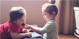 'Tan chảy' trước khoảnh khắc ngọt ngào của hai chị em Cadie và Alfie