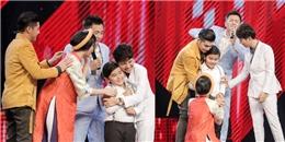 'Bộ tứ quyền lực' The Voice Kids 'phát sốt' trước cậu bé dân ca