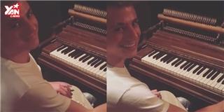 Charlie Puth  ghẹo  fan với clip đệm đàn  We Don't Talk Anymore  dễ thương
