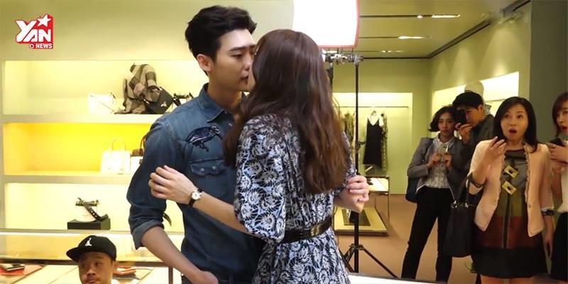 """Lee Jong Suk và Han Hyo Joo diễn đi diễn lại cảnh hôn đến... """"mòn môi"""""""