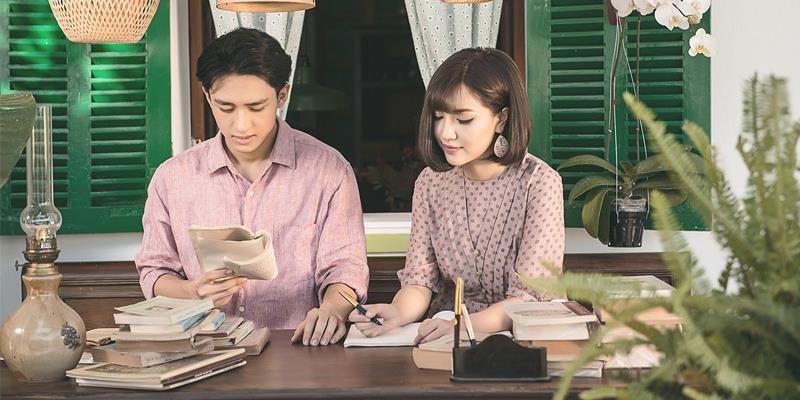 Bích Phương kể chuyện tình của bố mẹ bằng âm nhạc trong MV mới
