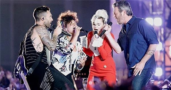 Sân khấu bùng cháy với 'Dream On' của 4 HLV The Voice