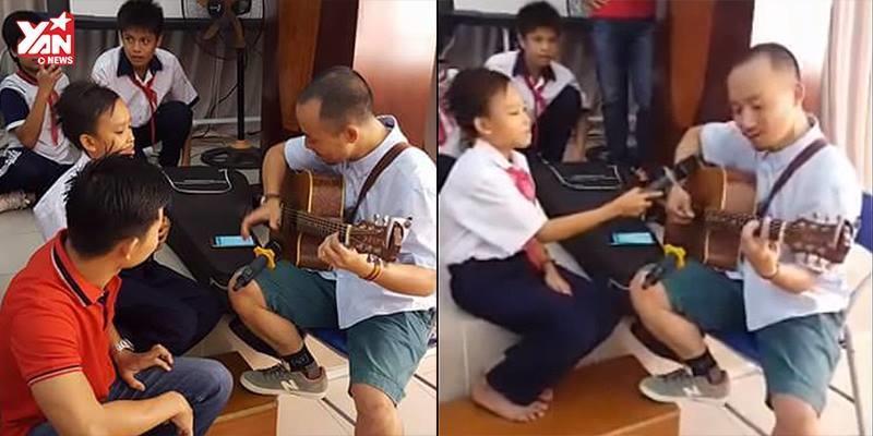 Hồ Văn Cường say sưa tập luyện cho buổi khai giảng cùng Tiến Đạt