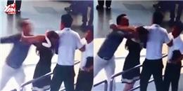 Hành khách đánh vào đầu nữ nhân viên hàng không giữa sân bay Nội Bài