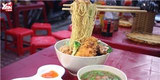 Món mì bay độc đáo  gây sốt  giới trẻ Singapore