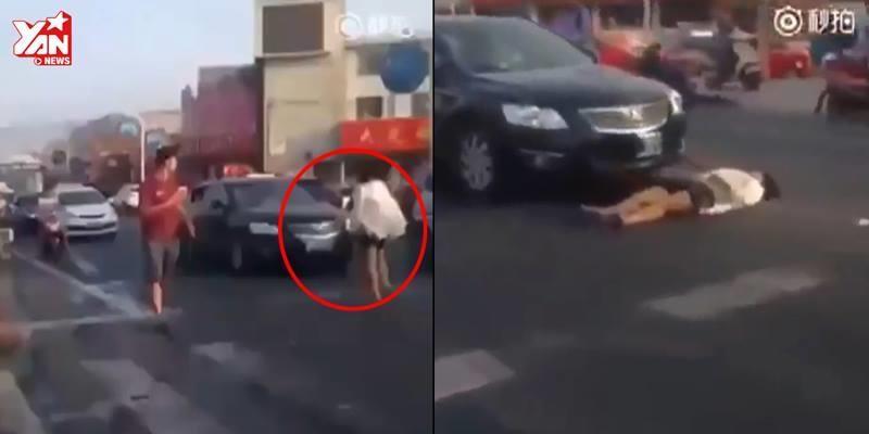 Đắng lòng người phụ nữ giả vờ bị xe tông giữa phố