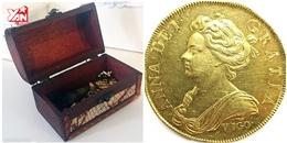 Giàu to nhờ tìm được đồng xu giá 7 tỉ trong đống đồ chơi của con