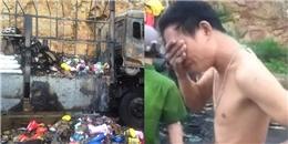 Cán bộ vận động người dân trả lại hàng 'hôi của' từ vụ xe tải bốc cháy