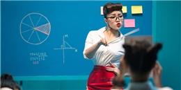 Thủy Top hóa cô giáo gợi cảm, xinh đẹp khiến học trò 'chao đảo'