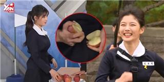Kim Yoo Jung gây sốt vì chạy cũng đáng yêu, tay không bẻ đôi quả táo