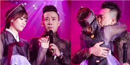Lộ clip Trấn Thành hát tặng Hari Won trong ngày cưới