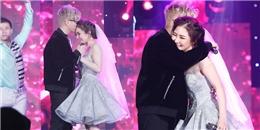 yan.vn - tin sao, ngôi sao - Bùi Anh Tuấn ôm hôn Hương Tràm, tình tứ trong trang phục cưới