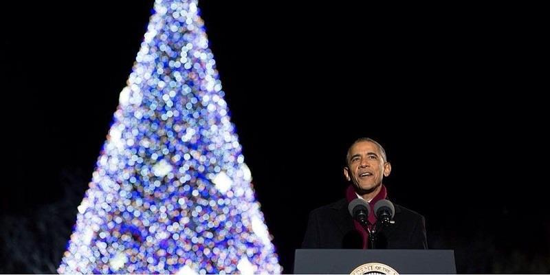 Thế giới nao lòng nhận Thiệp Noel cuối cùng của TT Obama từ Nhà Trắng