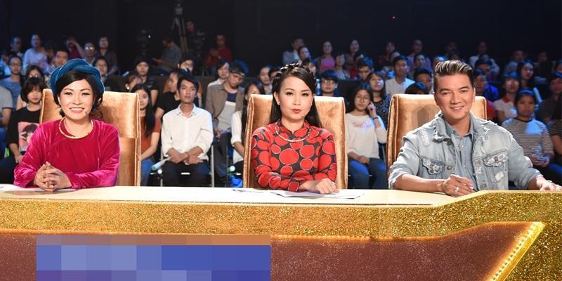 """Gác lại mối bất hòa, Phương Thanh-Mr Đàm vui vẻ ngồi chung """"ghế nóng"""""""