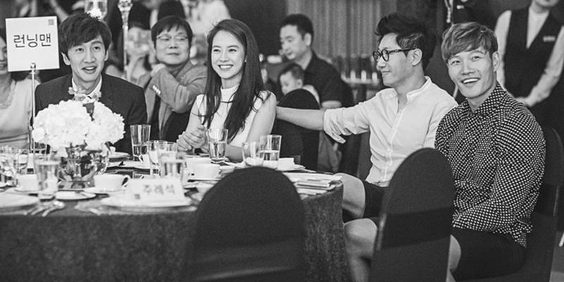yan.vn - tin sao, ngôi sao - Fan bồi hồi chia sẻ hình ảnh đen trắng của 4 thành viên RM ngày xưa