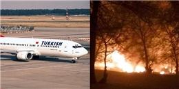 Nóng: Máy bay chở hàng rơi xuống nhà dân, nhiều người thiệt mạng