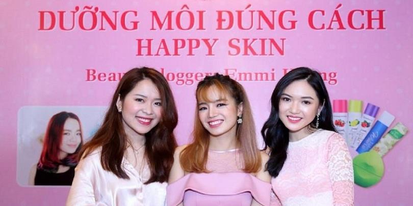 Tuyệt chiêu dưỡng môi đúng cách cùng các hot beauty blogger Việt