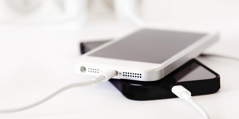 """Những """"bí quyết"""" cần bỏ túi gấp để biết cách sạc iPhone nhanh hơn"""