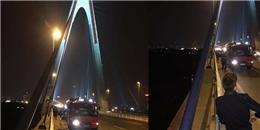 Hà Nội: Người đàn ông rớt sông mất tích vì... tiểu tiện trên cầu