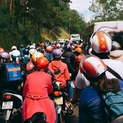 Đà Lạt bất ngờ đông ngợp trong ngày cuối của kì nghỉ lễ Tết Nguyên đán