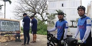 """Xúc động hai sinh viên Hàn đạp xe gần 2000km để """"Xin lỗi Việt Nam"""""""