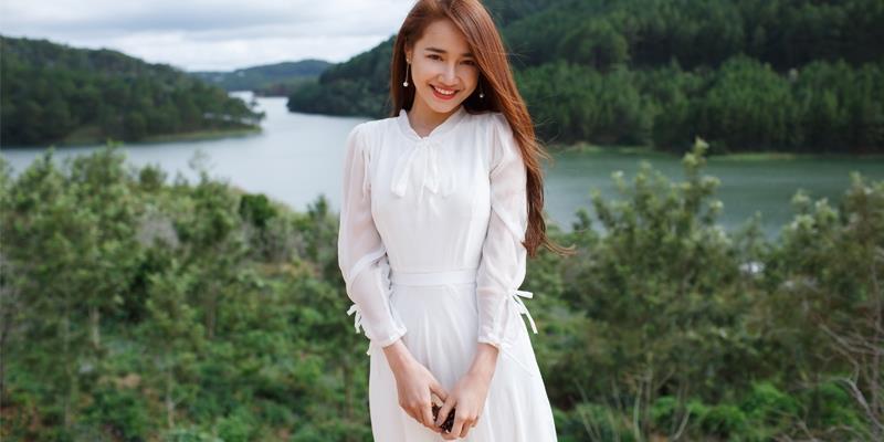 yan.vn - tin sao, ngôi sao - Hé lộ hình ảnh Nhã Phương trước giờ xuất ngoại cùng Trường Giang