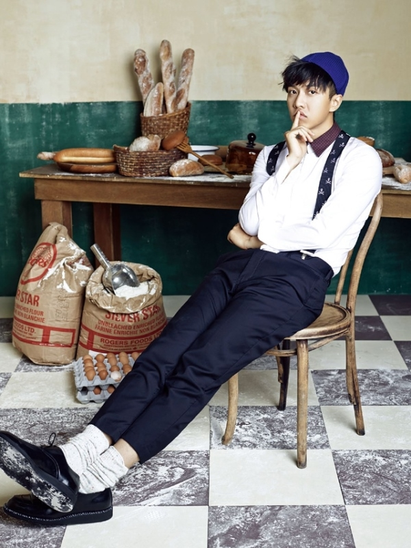 Hoàng tử quốc dân Lee Seung Gi đáng yêu trong tiệm làm bánh