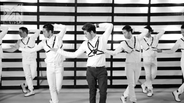 MV này được đầu tư nhất với nhiều yếu tố như kinh phí, thời gian tập nhảy, lên ý tưởng…. - Tin sao Viet - Tin tuc sao Viet - Scandal sao Viet - Tin tuc cua Sao - Tin cua Sao