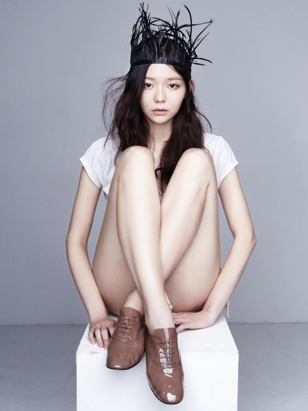 Lee Som gợi cảm đáng yêu trên tạp chí Oh Boy!