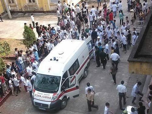 Bệnh viện ở Phú Thọ đang tiếp nhận các nạn nhân.