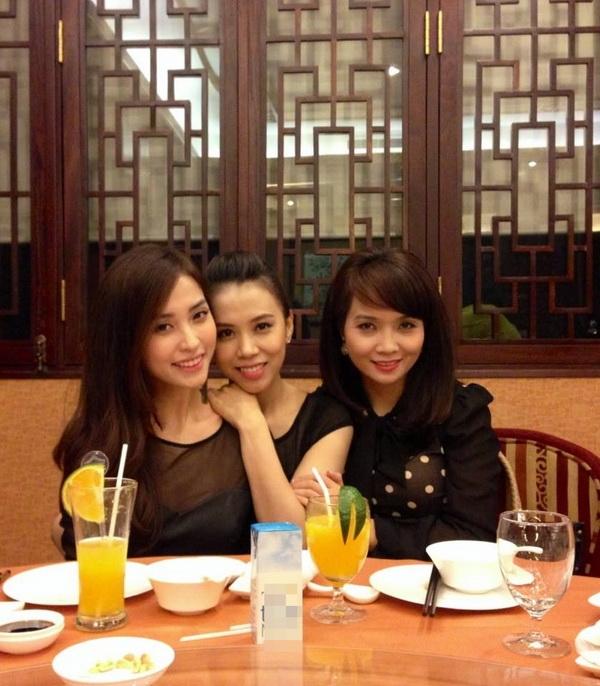 Mai Thu Huyền chị gái Ngọc Mai cũng không thể thiếu trongngày sinh nhật cô em gái của mình - Tin sao Viet - Tin tuc sao Viet - Scandal sao Viet - Tin tuc cua Sao - Tin cua Sao