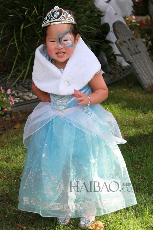 Cô con gái Naleigh của Katherine Heigl như nàng tiên xanh.